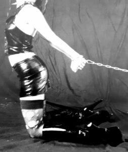 slave Alice